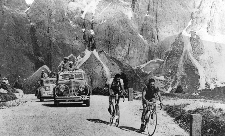 1940, coppi con bartali sulle dolomiti