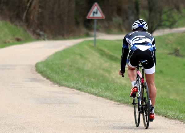 ciclista solitario